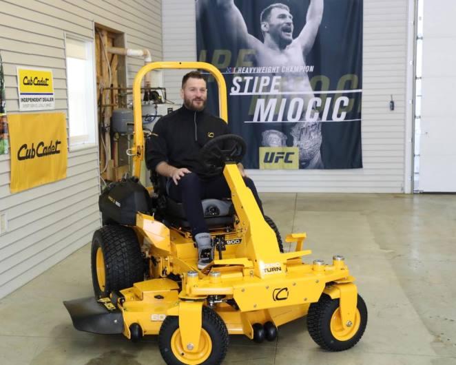 Stipe Miocic podpisał kolejny kontrakt sponsorski