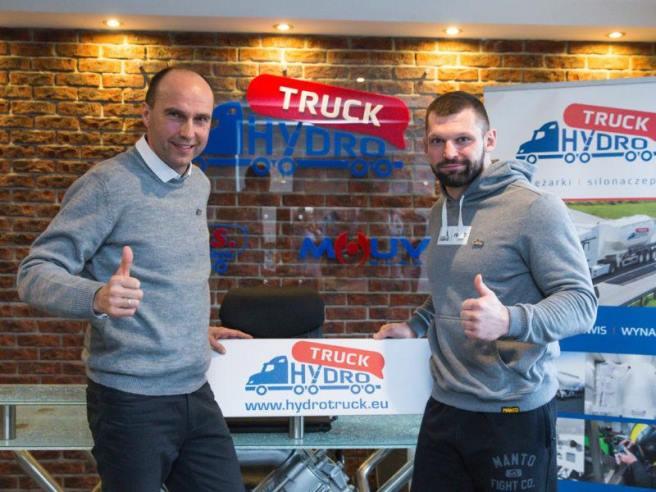 Hydro Truck wspiera Szymona Kołeckiego