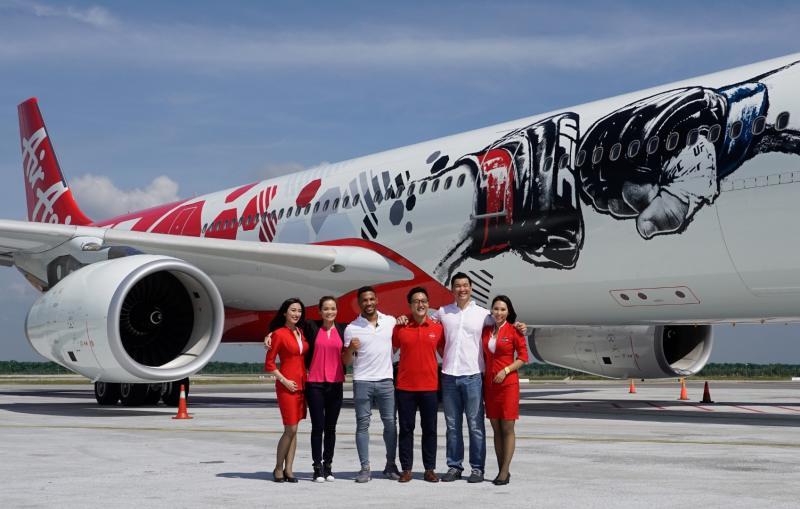 Airbus AirAsia w barwach UFC